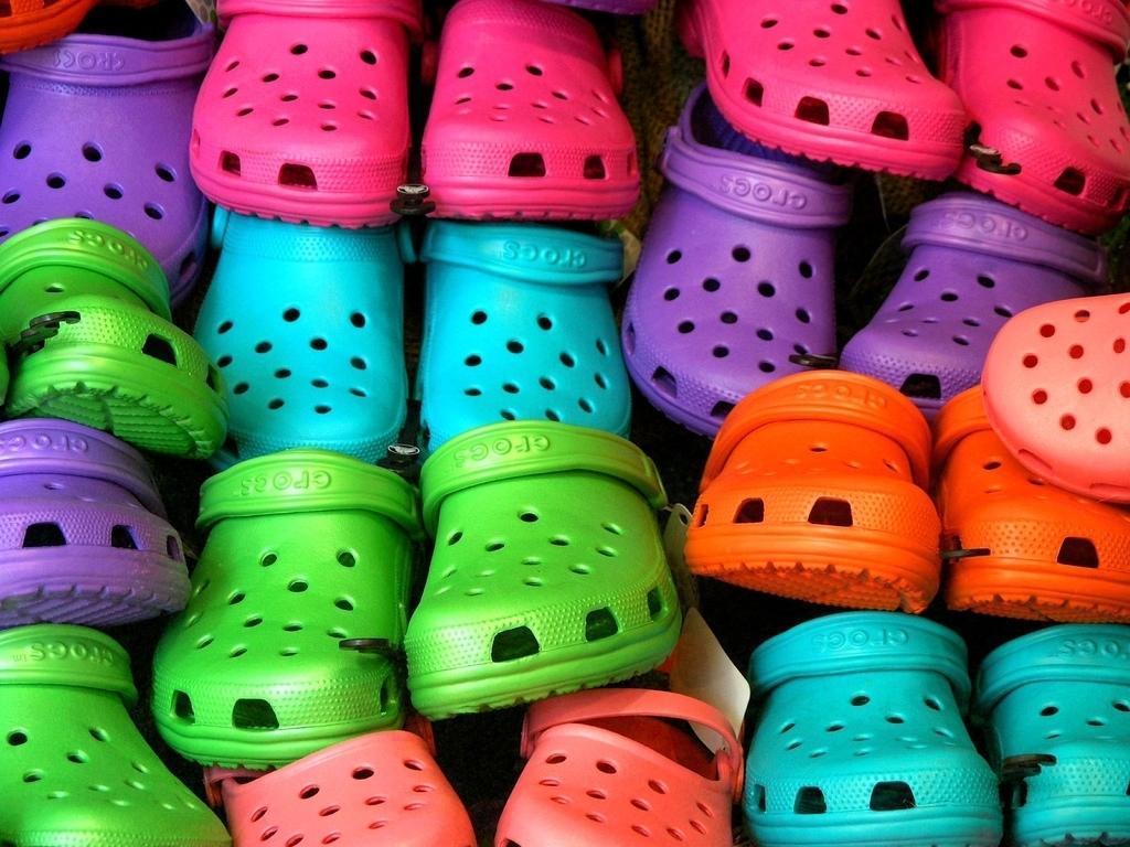 Crocs-crocs-13624155-1024-768-2